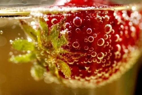 szampan i truskawki